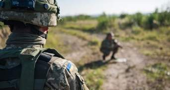 Бойовики на Донбасі важко поранили українського захисника