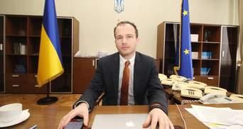 Почти 50 тысяч ежемесячно: сколько заработал Малюська за 2 года работы в Кабмине
