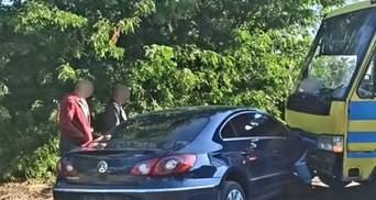 ДТП с мэром Вознесенска: в автобусе, который попал в аварию, были дети