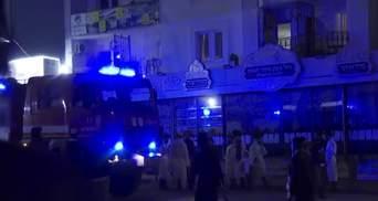 В Умани произошел пожар в арендованной хасидами квартире: видео с места событий