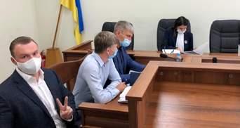 В суде зачитали обвинение Гладковскому-младшему