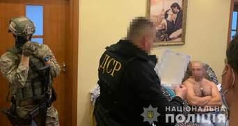 Вимагали 7 мільйонів у біткоїнах: на Тернопільщині підприємцю спалили магазини