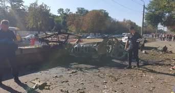 Взрыв авто в Днепре: погибли 2 человека, полиция говорит о теракте