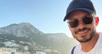Безстрашний Орландо Блум зустрівся з білою акулою біля берегів Малібу: відео