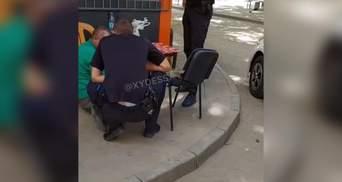 Угрожал взорвать школу и пошел за пивом: задержали одессита с гранатой