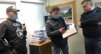 """СБУ затримала митників, які організували нову схему кришування контрабанди в """"Борисполі"""""""