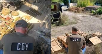 СБУ ліквідувала одразу 3 арсенали зброї бойовиків на Донбасі: фото боєприпасів