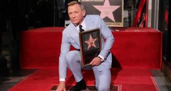 """Главный """"шпион 007"""" Дэниэл Крэйг получил звезду на Аллее славы: красноречивые фото"""