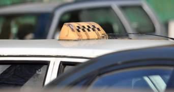 В Ірпені таксист заступився за вагітну жінку й отримав удари ножем у груди та живіт