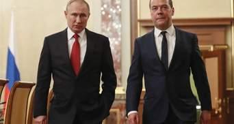 Чем статья Медведева об Украине отличается от статьи Путина