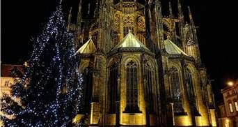 В Праге начали подготовку к рождественской ярмарки: когда и где она будет происходить