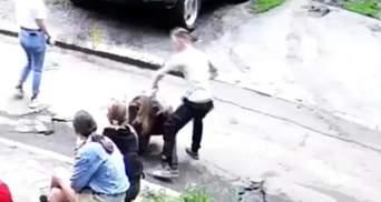 Осудили молодого человека, который жестоко избил 14-летнюю девушку в Харькове