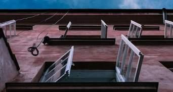 В Днепре из-за конфликта с родителями семиклассница выпрыгнула с 6 этажа и выжила