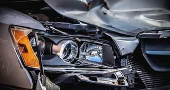 Украинец на BMW устроил ДТП в Польше: жуткое видео