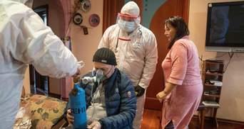 """От COVID-19 умирают 40% пациентов реанимаций Киева: врачи показали страшные фото с """"передовой"""""""