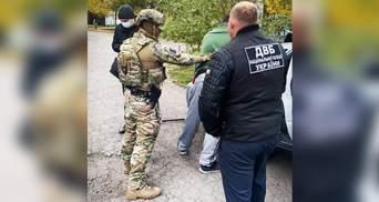 Задержали за наркоторговлю бывшего полицейского из Харькова: что у него нашли