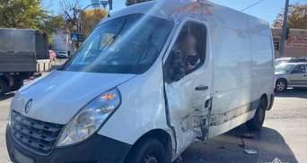 Водителя автовышки, которого поймали в Киеве во время нереальной погони, недавно лишили прав
