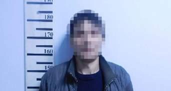 На Соломенке мужчина подстрелил соседку, заступаясь за мать
