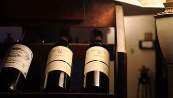 Как хранить вино в домашних условиях: 7 советов
