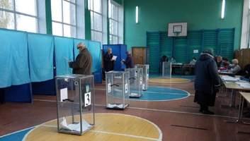 """Реванш регионалов, """"понаехавшие"""" и Шарий: что показали местные выборы?"""