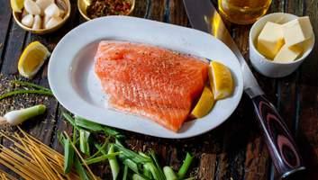 Чому жирна морська риба корисніша: важливі факти