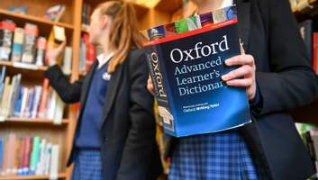 Вперше за 15 років: чому Оксфордський словник не зміг вибрати слово року