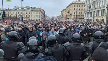 Почему дети девяностых восстали против Путина