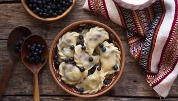 Медовуха, вареники з сиром і гучні гуляння: як українці Масляну святкували