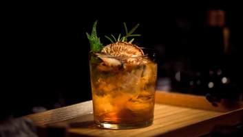 В поисках лучших в мире крепких напитков: что помогает судьям определить победителей конкурсов