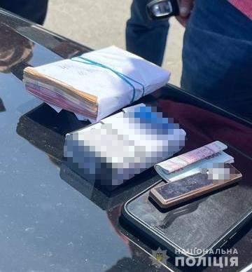Вимагав данину в бізнесменів: у Львові затримали високопосадовця податкової – фото