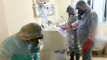 В Олександрівській лікарні Києва помер інфікований штамом Дельта пацієнт