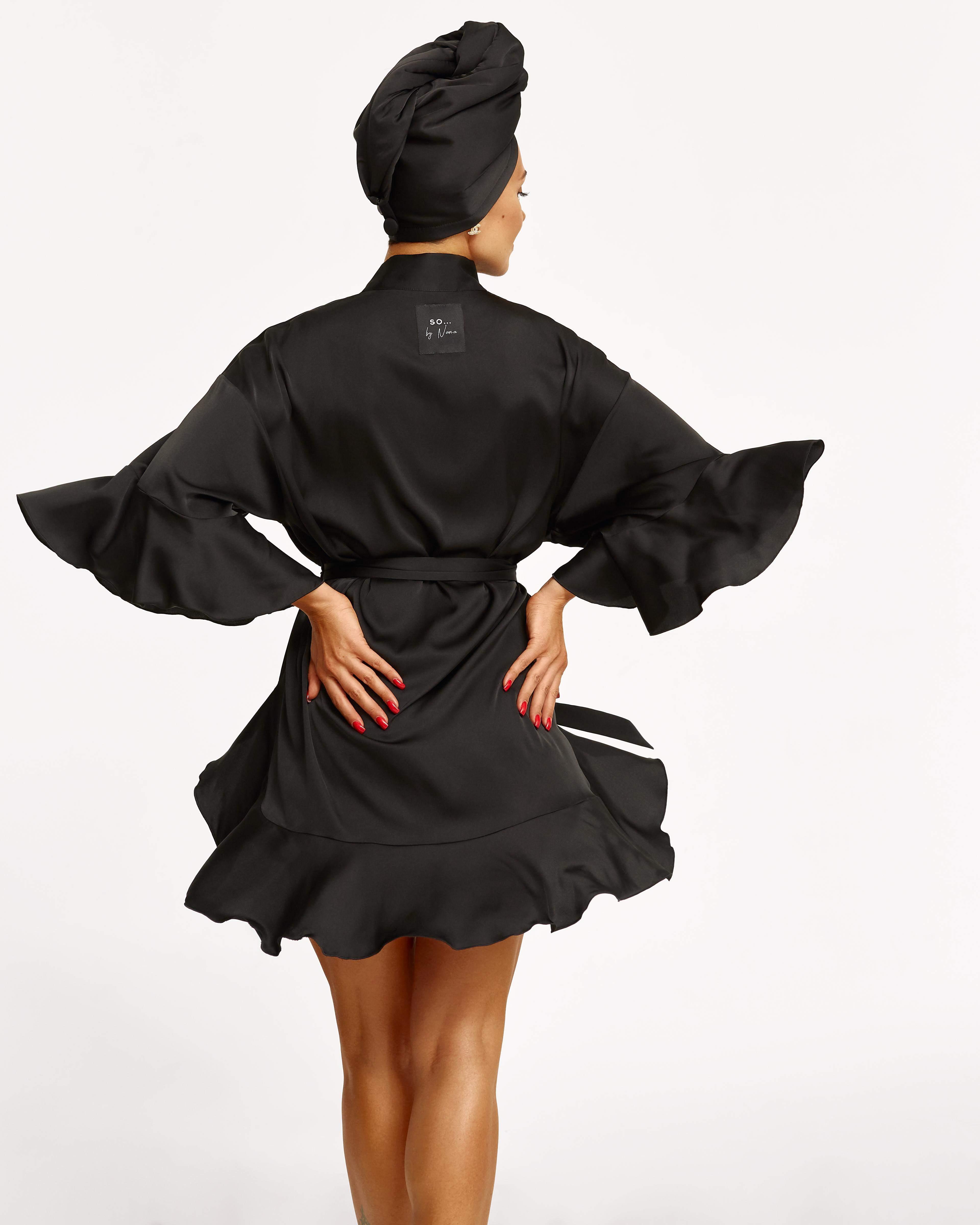 Dj NANA представила власний бренд халатів