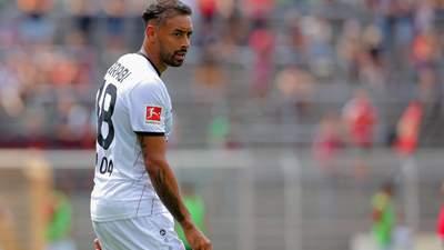 Неудачник года: футболист Бундеслиги не попал в пустые ворота с метра – видео эпического промаха