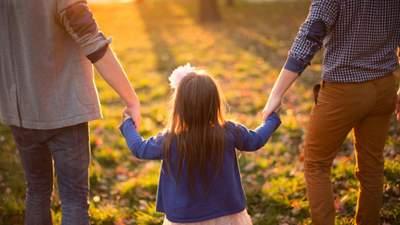 Как взять ребенка из интерната на выходные, праздники или каникулы: инструкция и советы