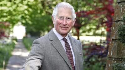 Британець знепритомнів перед принцом Чарльзом – курйозне відео