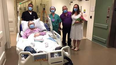 Дочь вышла замуж в больнице, чтобы ее больная мама могла это увидеть: трогательные фото