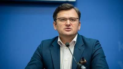Это признаки военного преступления, – Кулеба о циничном убийстве украинского медика на Донбассе