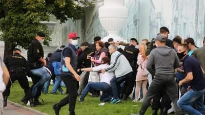 У Білорусі протестують проти нечесних виборів: затримали журналістів – фото, відео