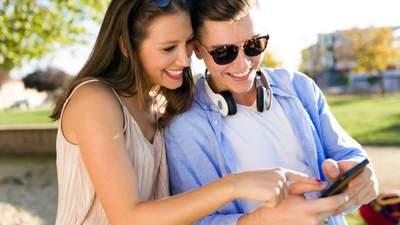 Нужно ли партнерам обмениваться паролями от своих телефонов: плюсы и минусы