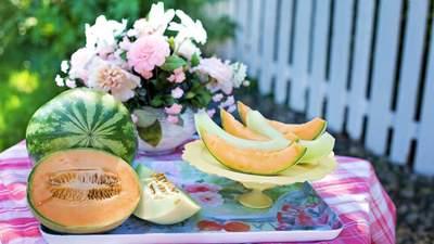 Дыни и арбузы: когда упадут цены и безопасно ли их употреблять этим летом