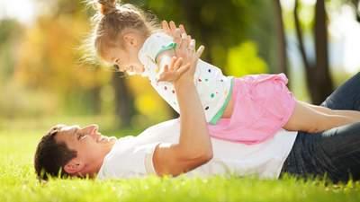 Заплутане батьківство: як змінити документи, якщо татком вашої дитини є інший