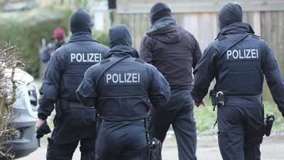 """Ультраправая полиция: как элитные копы Германии хотели устроить """"конец света"""""""
