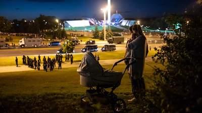 ОМОН хапає без розбору: як жителі Мінська виживають в атмосфері страху – розповідь українки