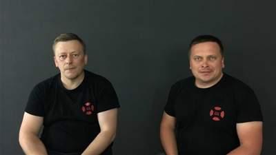 Украинские волонтеры Реуцкий и Васильев уже на свободе: их выпустили из СИЗО – видео