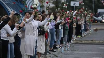 Похорон Тарайковського та масові мітинги: як минає 15 серпня в Білорусі – фото, відео