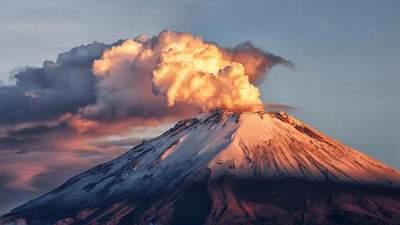 Найнебезпечніші вулкани світу, які досі діють: приголомшливі фото