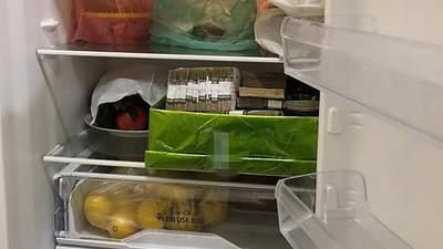 Мільйони з лимонами: посадовці Укрзалізниці ховали вкрадені гроші в холодильнику – фото