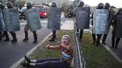 Жорсткі затримання після інавгурації Лукашенка: події у Білорусі 23 вересня – фото, відео