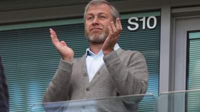 """Романа Абрамовіча підозрюють у незаконній покупці гравців, які грали проти """"Челсі"""""""