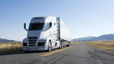 Tesla звинувачує конкурента Nikola в крадіжці дизайну вантажівки